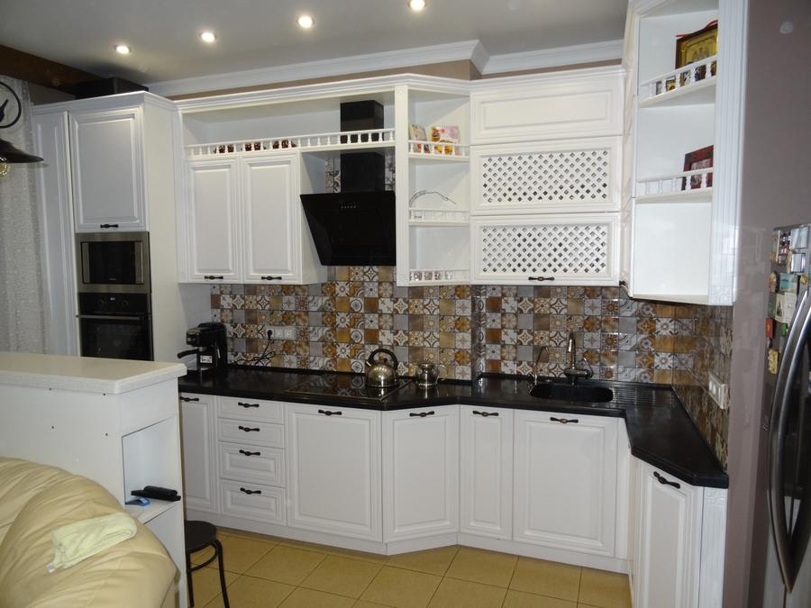 Белый кухонный гарнитур-Кухня МДФ в эмали «Модель 20»-фото1